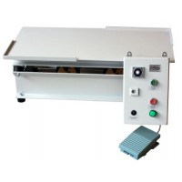 6.471 - Vibrating table 800 x 400 mm equipped with time switch